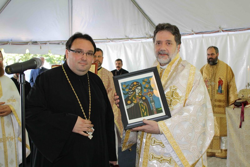 Consecration Holy Trinity (277).jpg