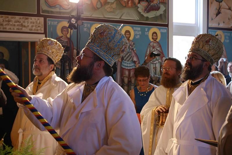 Consecration Holy Trinity (231).jpg