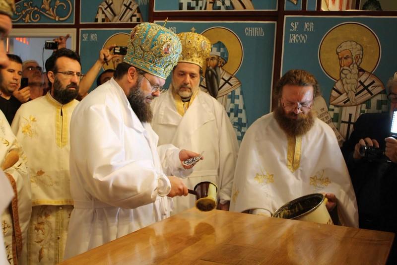 Consecration Holy Trinity (213).jpg