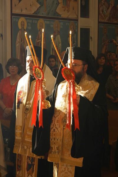 Consecration Holy Trinity (98).jpg