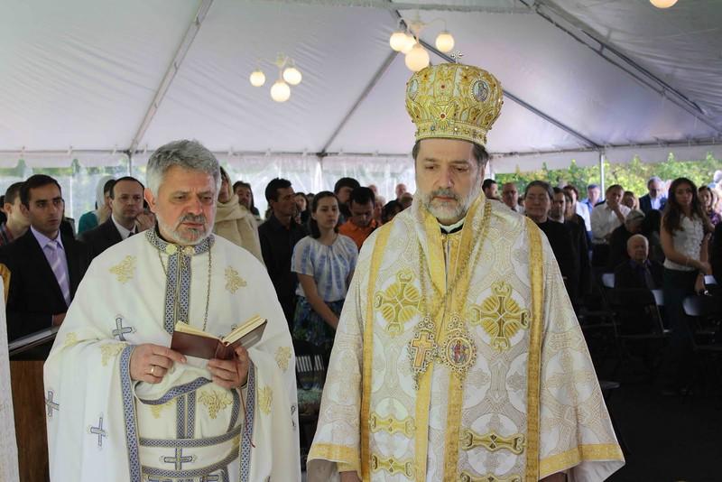 Consecration Holy Trinity (269).jpg