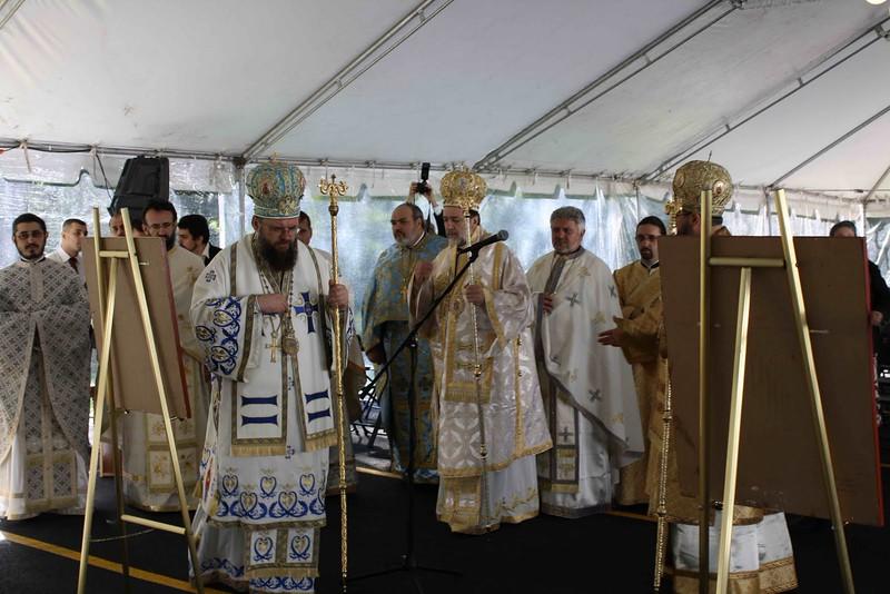 Consecration Holy Trinity (238).jpg