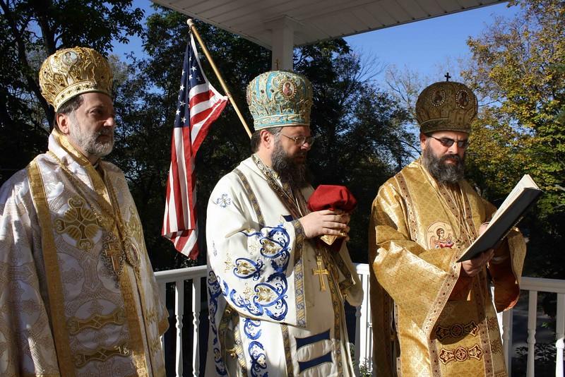 Consecration Holy Trinity (183).jpg
