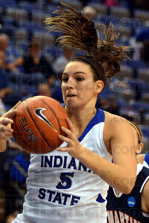 Tribune-Star/Jim Avelis<br /> Good night: Shannon Thomas regularly worked her way to the hoop for the Sycamores in their game with UT Martin.