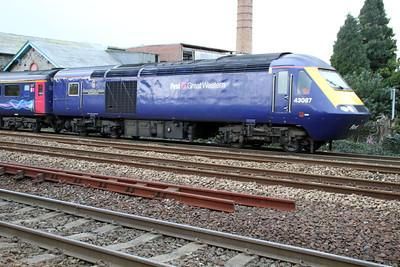 43087 departs Totnes for Paddington.