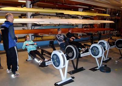 Romaskintrening i båthallen