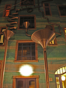 Exploring the artists quarter afterwards, where they have very cool drainpipes :)