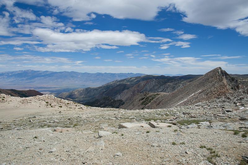 Plateau below Lamarck Col