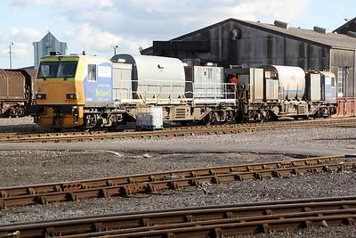 DR98974-98924 Eastleigh Works Yard.