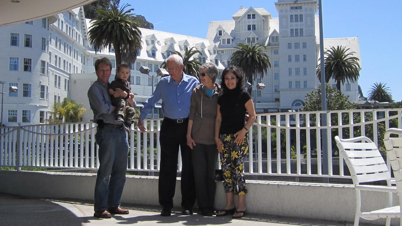 At the Claremont Resort in Berkeley. Me, Ligia's grandson Nicolas (Nico), Dad, Mom, my friend Ligia from Santiago, Chile