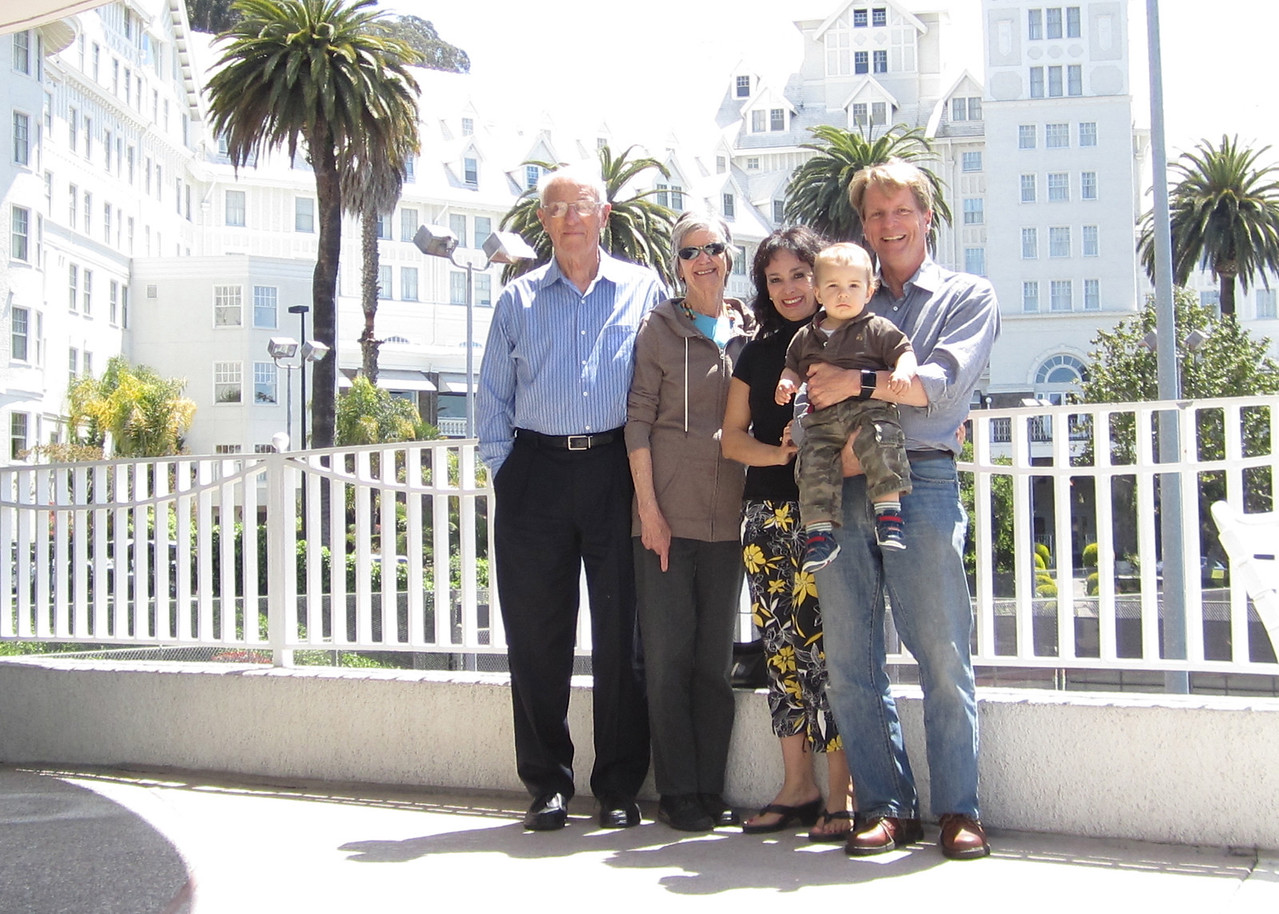 Dad, Mom, my friend Ligia from Santoago, her grandson Nico, me at the Claremont Resort in Berkeley
