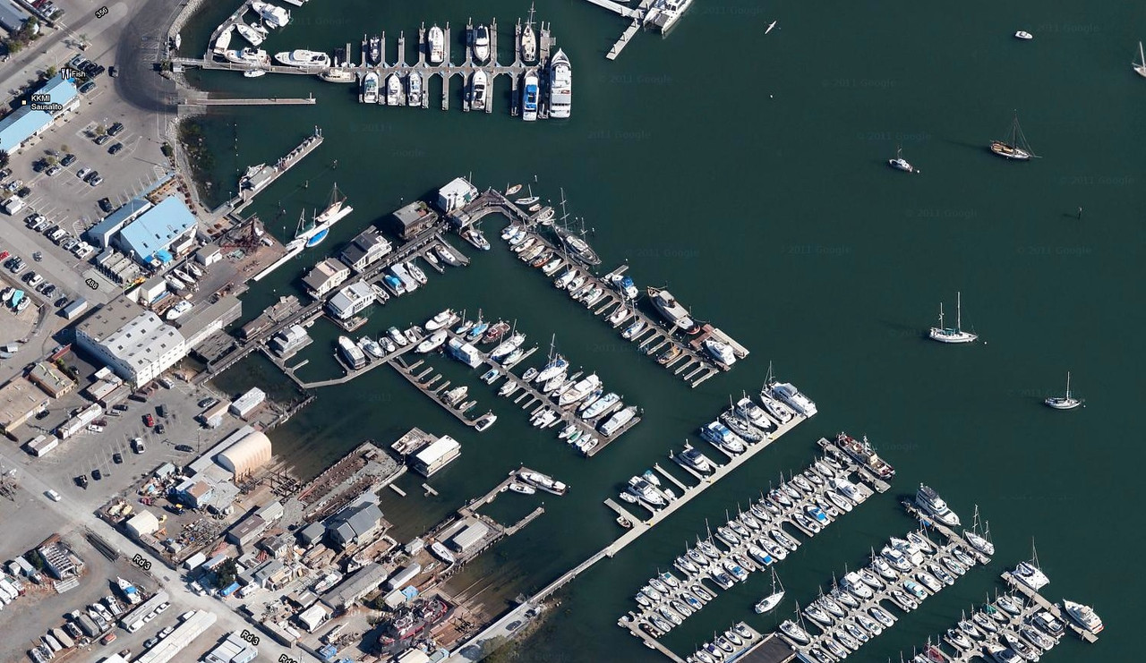 """The Sausalito restaurant called """"Fish"""" where we all had lunch (photo from Google Maps)"""