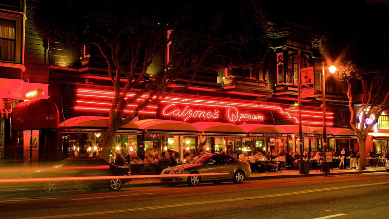 Calzone's on Columbus Street in San Francisco, at night (photo from the web)