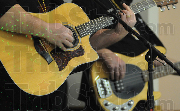 Tribune-Star/Rachel Keyes<br /> Jamming Out: Local Musician's gathered at to inducted members into the Wabash Valley Musician's Hall of Fame Sunday Feb. 13th.