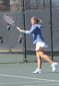Ioana Oprea practices before her match against Elon University.