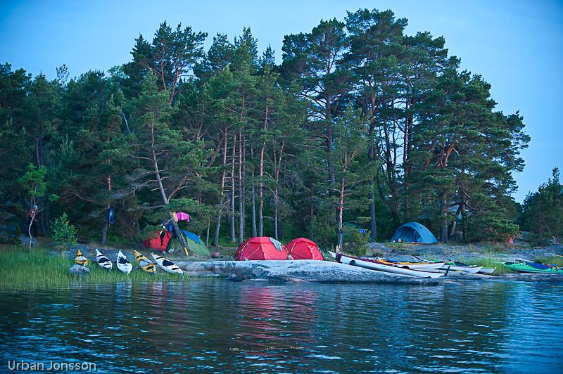 Vårt läger från sjösidan.