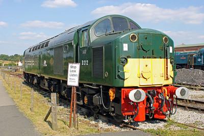 Class 40 D212 'Aureol' (40012) Swanwick Jct