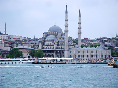 Yeni Mosque from Golden Horn