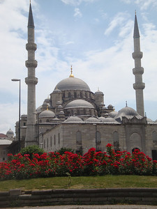 The Yeni Mosque was the first I encountered whenever I crossed the Galata Bridge - my gateway into historic Sultanhamet where most of the key mosques and palaces were located.