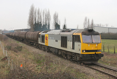 60015 Colnbrook 29/01/11 departing with 6E38 to Lindsey