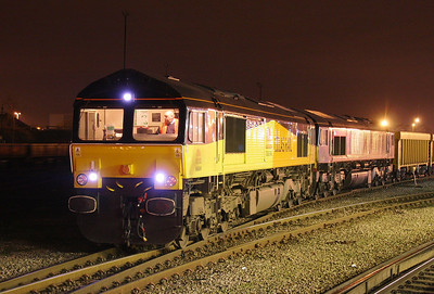 66841 Eastleigh 21/01/11 prepares to leave with 6M96 to Mountsorrel with 66403 dit