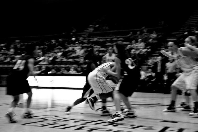 Women's basketball faces off against UNC Asheville