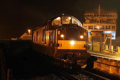 37516 Lymington Pier 15/07/11 waiting to depart with the 1Z74 R 'n' B Railtour to Euston
