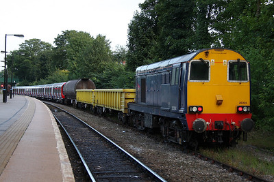 20304 Dorridge 27/07/11 on the rear of 8X09 Old Dalby to Amersham