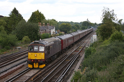 33207 Worting Jct 10/06/11 5Z82 Southall to Poole with 34067 on the rear