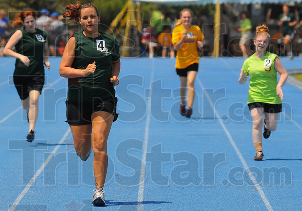 Tribune-Star/Jim Avelis<br /> Fastest: Heather Blackwell of eastern Marion County won her heat in the 400 meter dash Saturday afternoon on the Marks Field track on the Indiana State University campus.