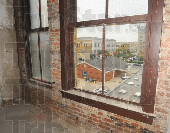 Tribune-Star/Jim Avelis<br /> Signature look: Exposed brick walls will be part of the look of the radio City Apartments. Massive interior brick walls will remain bare.
