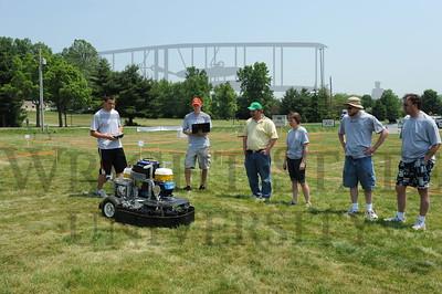 6763 Robotic Lawnmower Wars 6-4-11