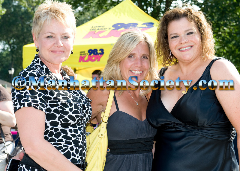 Renee Riordan, Lisa Phillips, Diane O'Doherty