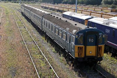 4 VEP 3417 at Tonbridge Yard 24/07/11.