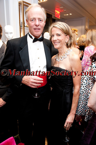 Kirk Ressler, Diana Quasha attend 'Celebrate the Neighborhood' to Benefit LENOX HILL NEIGHBORHOOD HOUSE co-hosted by Milly & The Associates Committee on Wednesday, November 30, 2011 at Milly Boutique, 900 Madison Avenue at 73rd Street, New York City, NY   PHOTO CREDIT: ©Manhattan Society.com 2011 by Christopher London