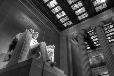 Lincoln Memorial - HDR image created using Photomatix and Aperture.