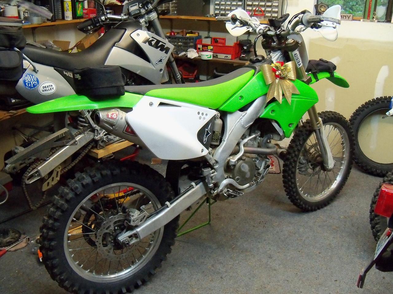 Lan's new toy;  '07 KX 250F