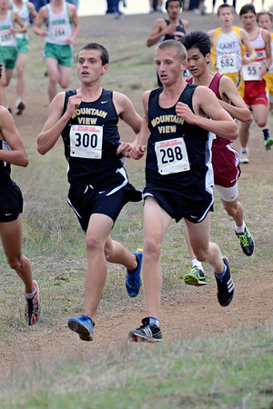 then the trio of Tommy Rutner, Marcus White, and Nick Van Osdol at 5:19. David Williams was tucked in behind them at 5:21.