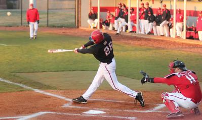 Junior Jake Watts bats in Gardner-Webb's 3-2 victory over the Red Storm.