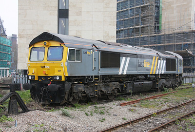 66301 Cardiff Central 26/03/11