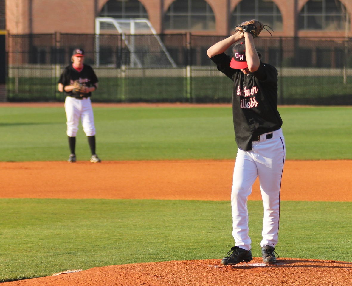 #2 Brandon Boling started the game against the Bulldogs of UNC-Asheville.