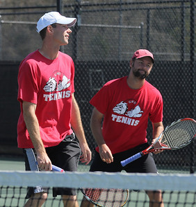 Andrew Carter and Andrew Veeder await their match against Georgia State.