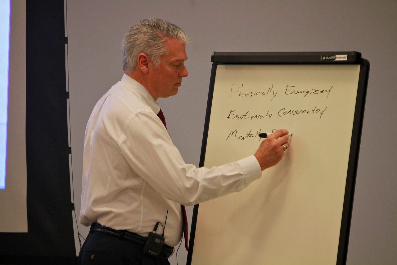 Godbold's Center for Ethics and Entrepreneurship hosts Robert Cribb, worldwide general manager of design and engineering for AT&T, to speak to students and the community on March 23, 2011.