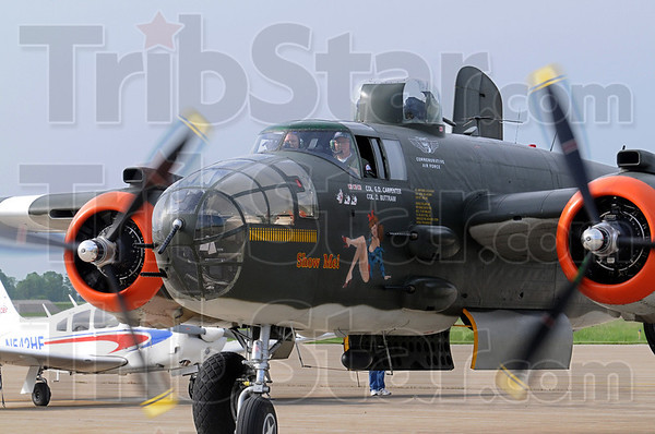 """Taxi: The B-25 """"Show Me"""" taxis to the tarmac Friday morning at Hulman International Airport."""