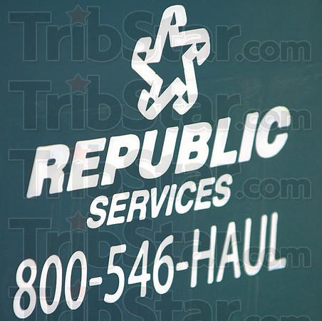 Logo: Eetail of Republic Services logo.