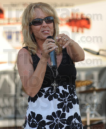 Tribune-Star/Rachel Keyes<br /> Sing it girl: Jill Collester from Rosedale belted out Miranda Lambert's Heart Like Mine.