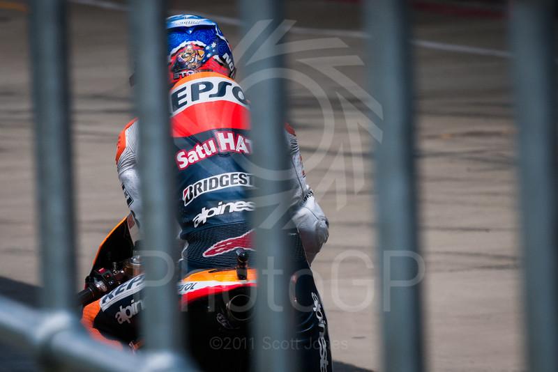 2011-MotoGP-06-Silverstone-Saturday-1215