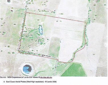 September 2011. Look what Dinah has purchased. The dam is overflowing and there is a constant stream of water from the creek on the eastern border of her property. First job is working out all the water supply, pump systems and cattle troughs in each of the many fields. We stay in town as no beds have arrived for guests yet and help Dinah unpack all the boxes in the garage. Chris takes great delight in organising her kitchen. Dim just wants to go yabby fishing. It's very new and exciting but a little overwhelming.