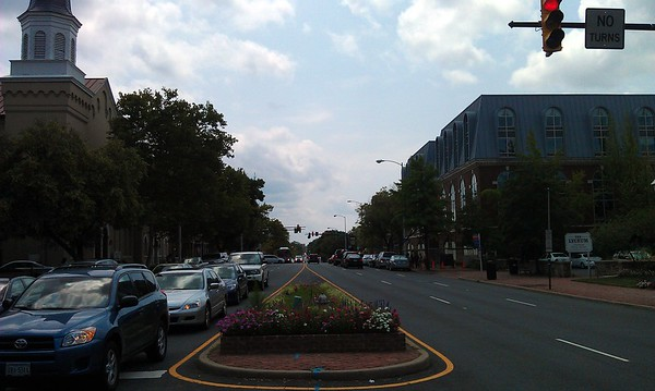 View south along Washington Street.  On the far right is the Lyceum, Alexandria's history museum.