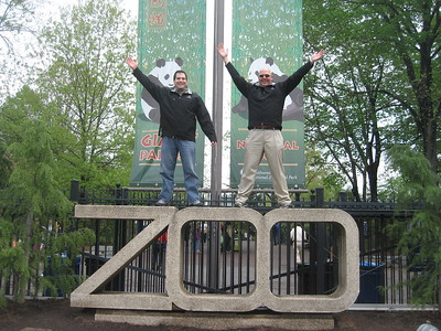 Craig (l) and DJ rejoice in completing their quest to visit every Smithsonian museum and zoo in 2011 (4/23/11)